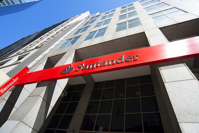 Banco santander new york ny trinity building usa for Banco santander maps
